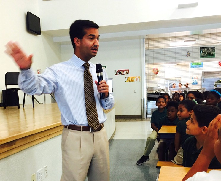 Rep. Carlos Curbelo speaks to fifth grade students in Homestead about climate change and sea level rise Photo by Denise Mendoza